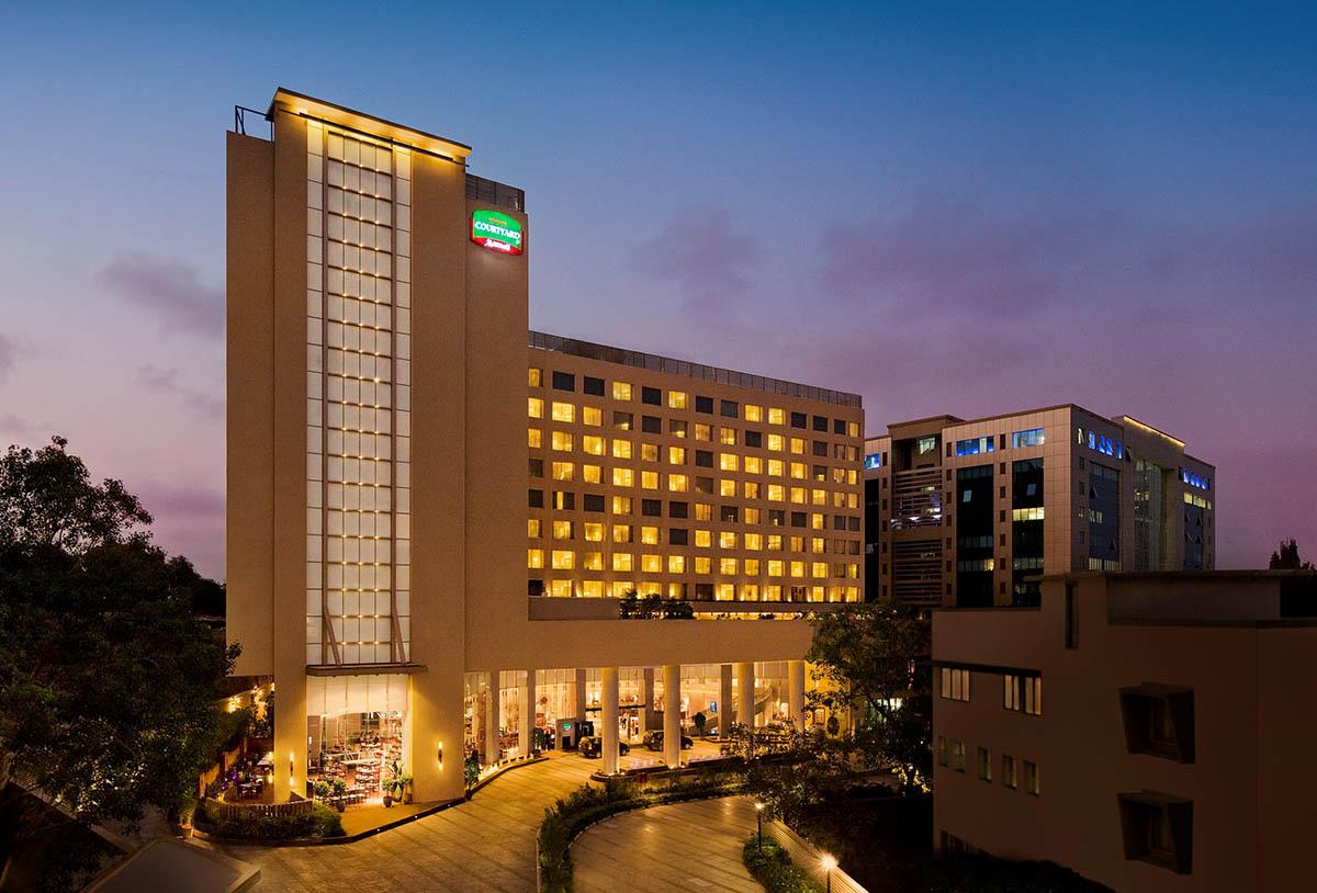 Courtyard by Marriott - Mumbai Airport - Big 1