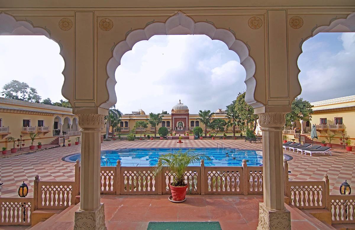 Amar Mahal - Orchha - Central - Big 2