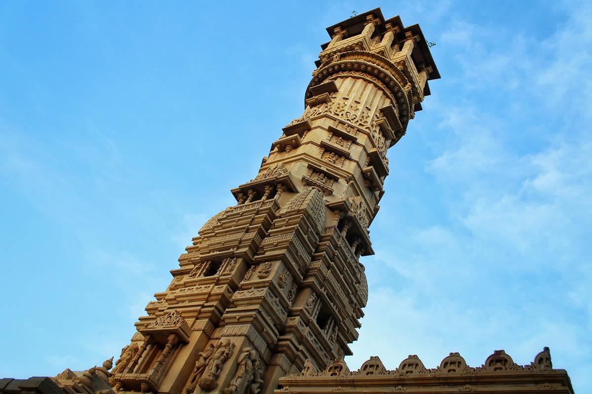 Ahmedabad - Hutheesing Jain Temple, Gujarat, India Connections