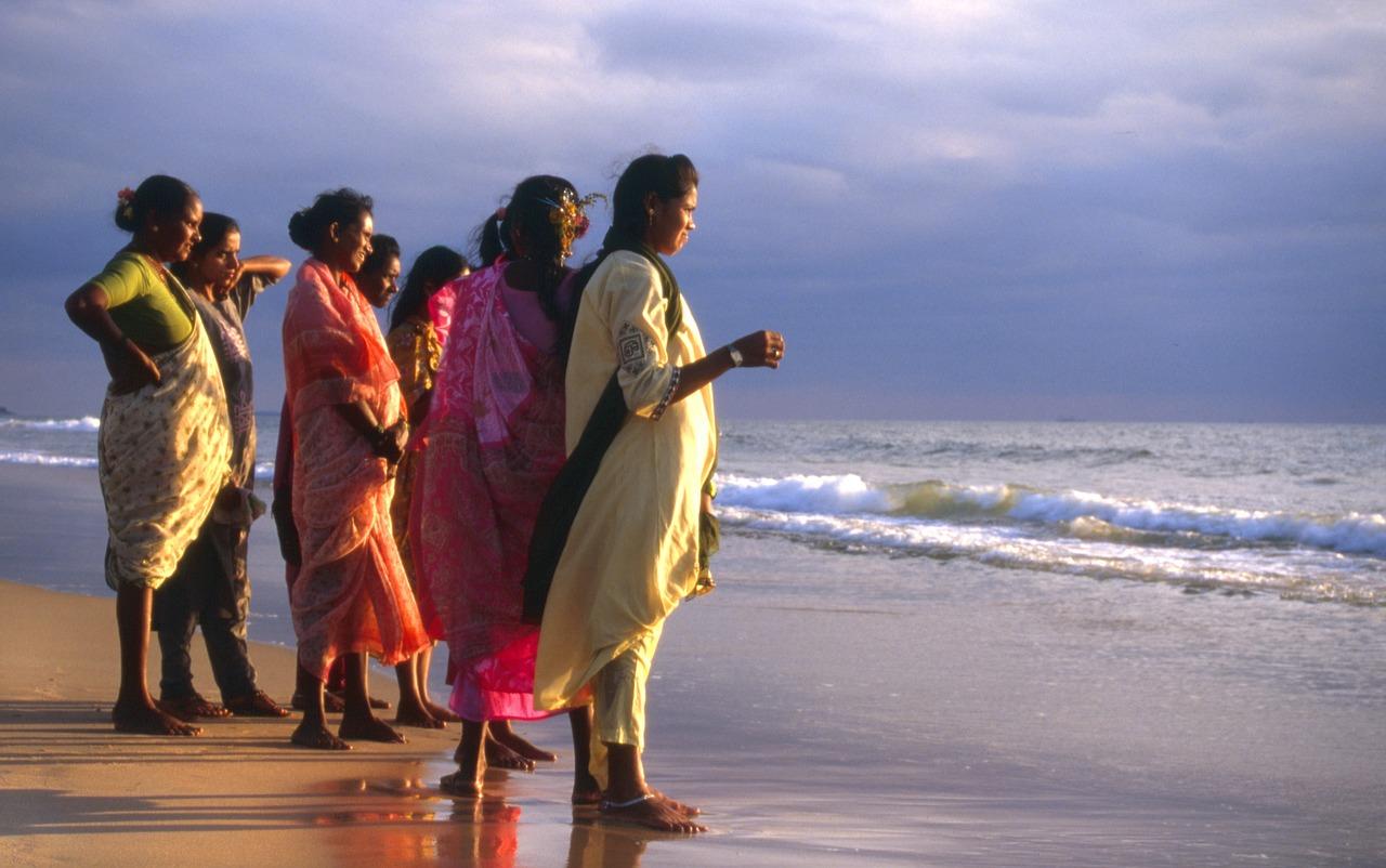 Goa calangute- ladies on beach