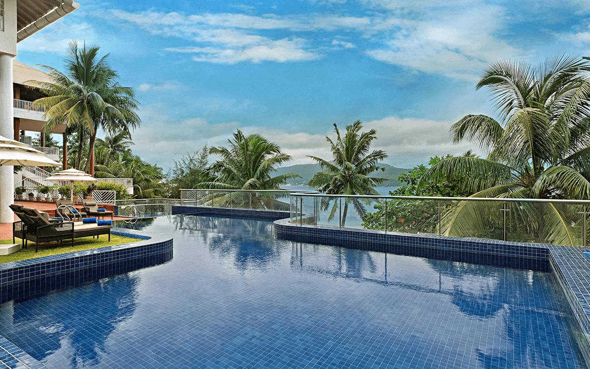 Fortune Resort Bay pool-view