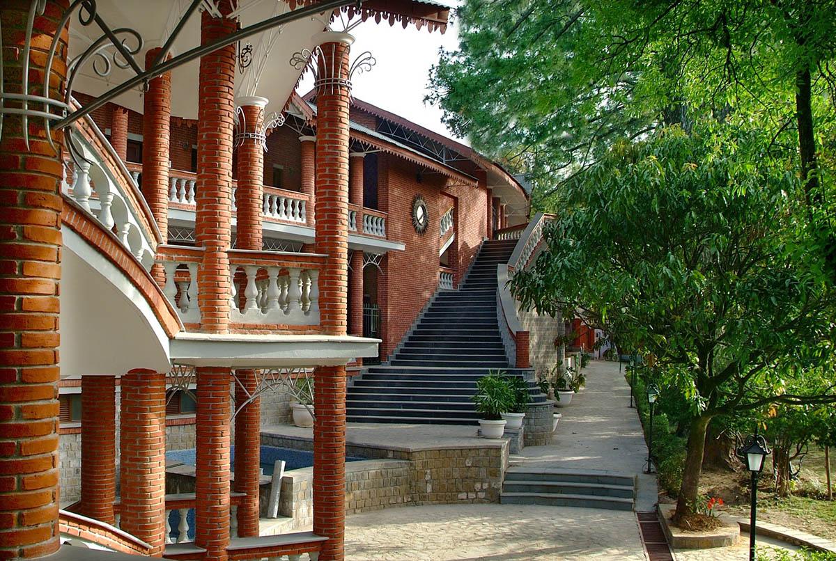 Taragarh Palace - Palampur - Dharmshala & Area - Himalayas - Big2