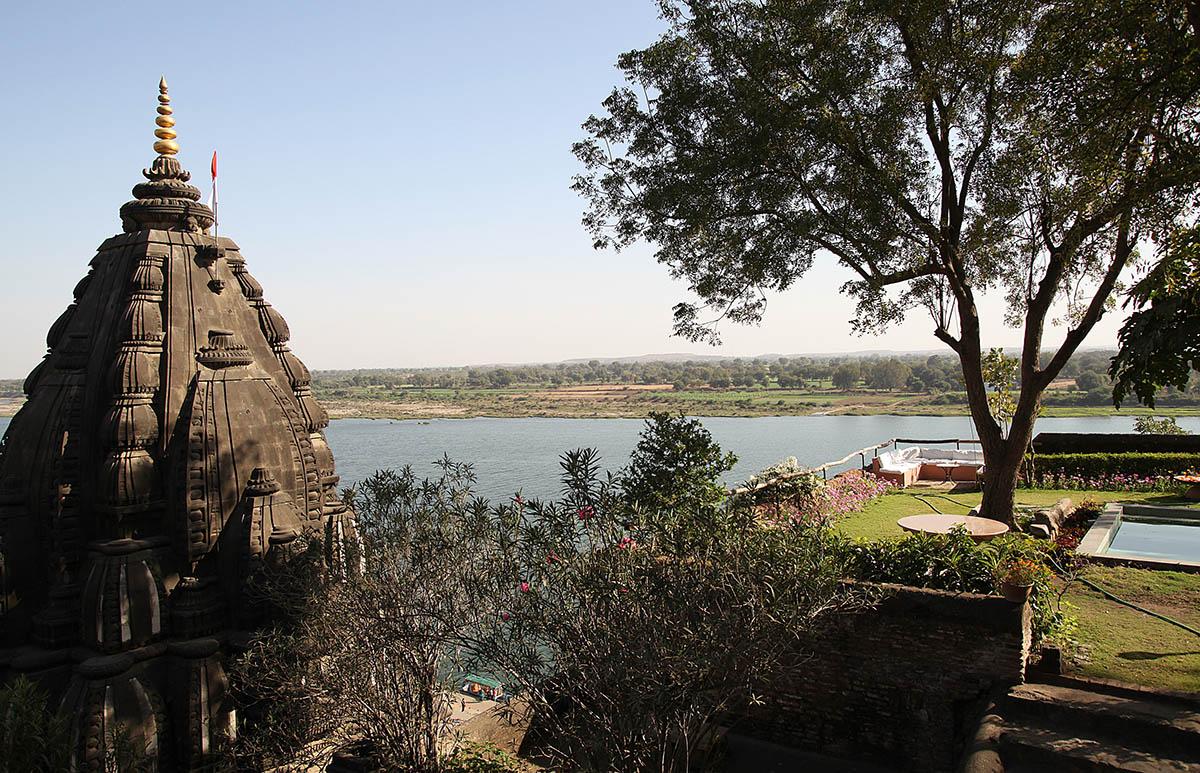 Ahilya Fort - Maheshwar - Central - Big 2