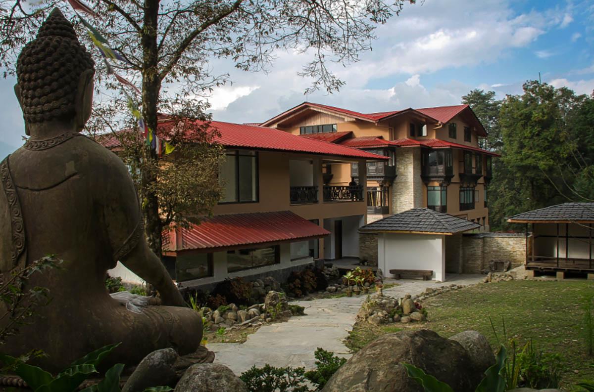 The Chumbi Mountain Rt - Pelling - Sikkim - Eastern - Big 1