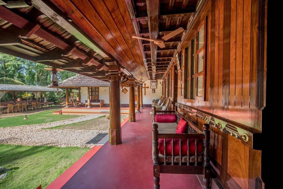 Emerald Isle - Kerala - Backwaters - Kuttanad - Big 1
